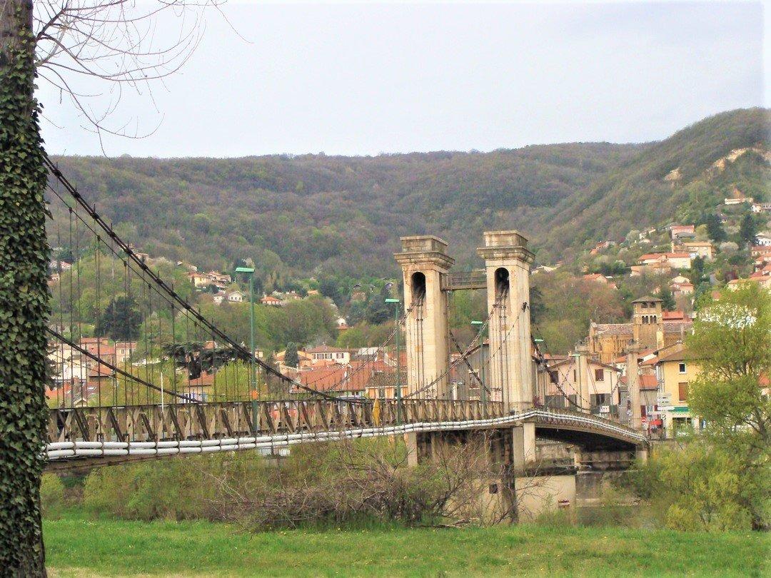 Ponts et passerelles sur la Saône et le Rhône : il est urgent d'agir !